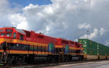 Intermodal_train